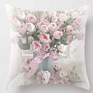 Other - Pillow Cover Roses